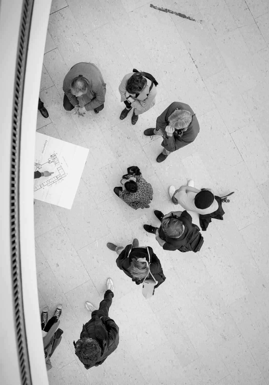 die bielefelder schule besprechung aufbau Entstehung studenten ausstellung bielefeld fh gestaltung jörn strojny
