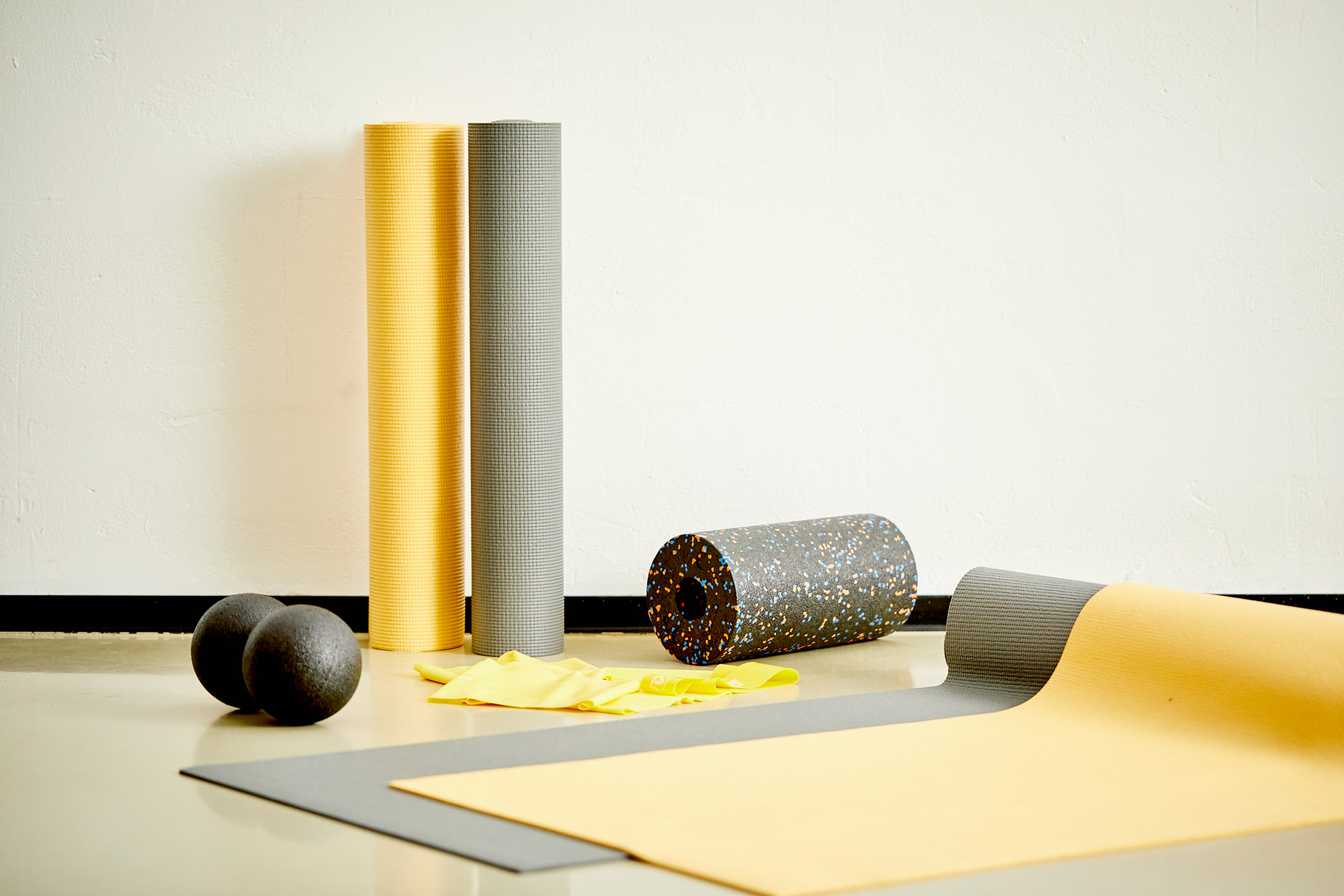 oliver robien matten gelb joern strojny