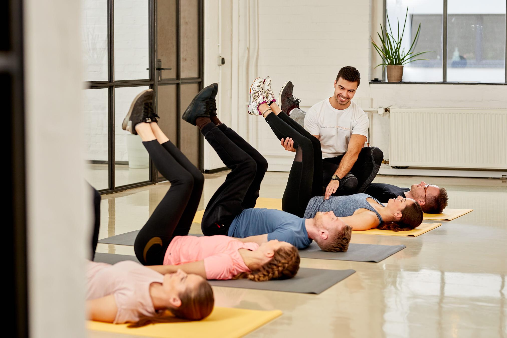 oliver robien coach bewegung sport koeln gruppentraining ernaehrung gesundheit joern strojny